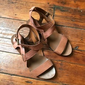 Enzo angiolini brown wedge sandals 7
